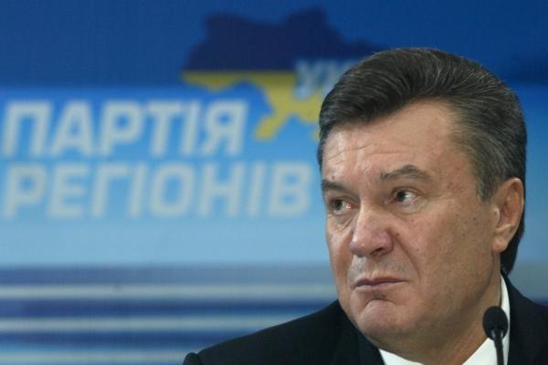 V.Janukovyčius: Ukraina nesirenka tarp Rusijos ir Europos