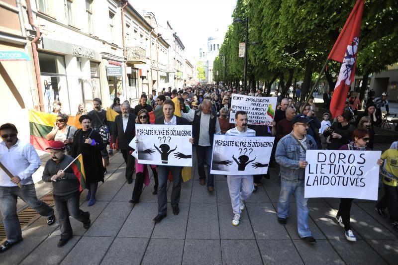 Už neteisėtas eitynes dėl Garliavos įvykių – 500 litų bauda