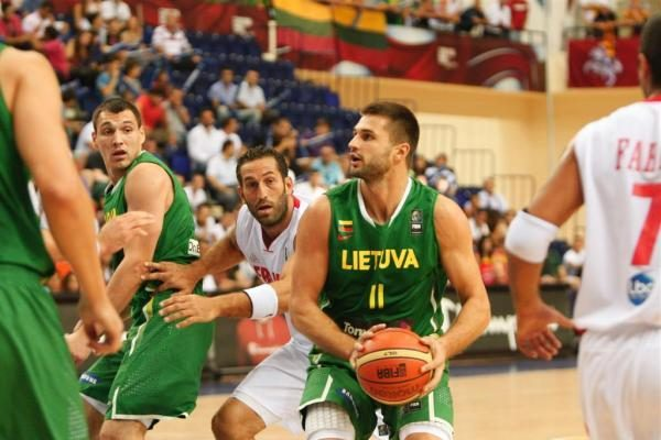 Lietuvos rinktinė pirmąjį etapą įveikė neklupdama