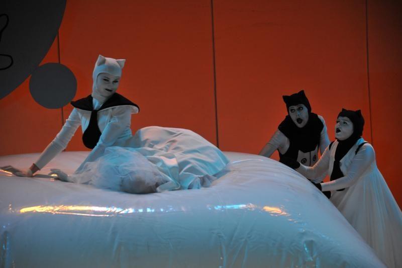 """Po """"Ledinės zylutės"""" sparnais – teatrų festivalis jaunimui (programa)"""