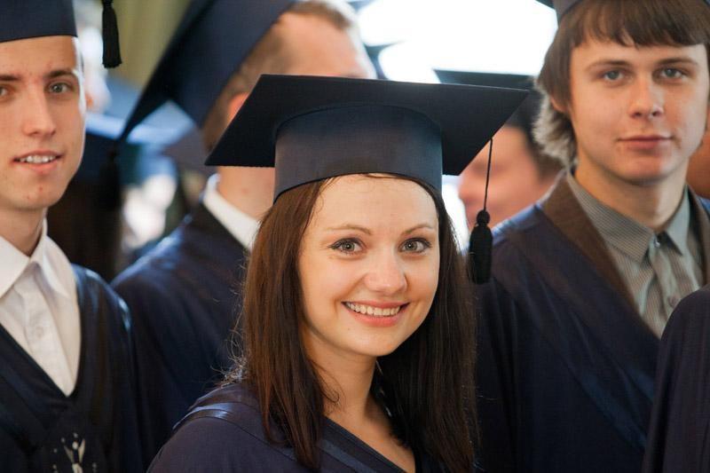 Valstybė kompensavo už studijas sumokėtą kainą 1767 studentams