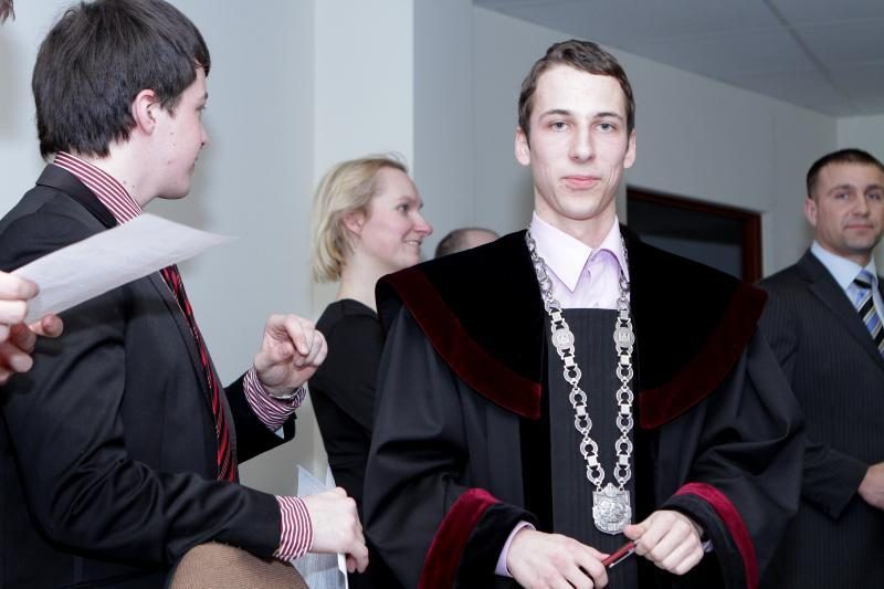Teismo posėdžiui Klaipėdoje vadovavo moksleiviai
