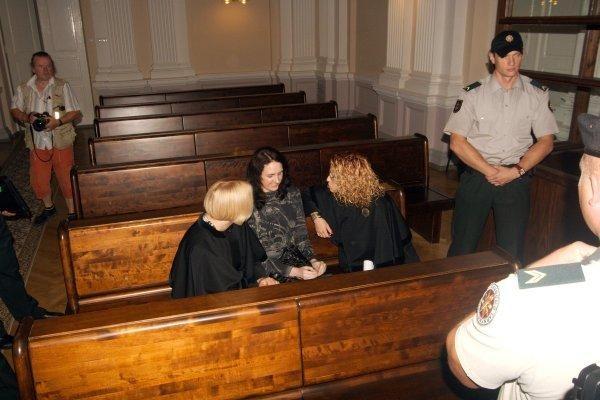 Terorizmu įtariama E.Kusaitė išleista į laisvę (papildyta)