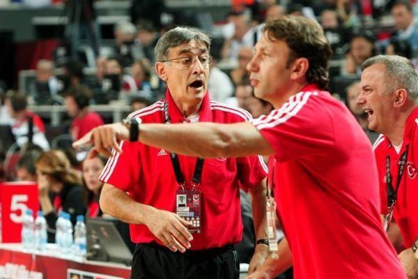 Turkų trenerį B.Tanjevičių įsiutino žurnalistai