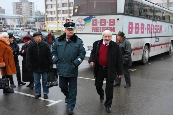 V.Šustauskas grįžo į Kauną - greitkelio blokuoti nepavyko (papildyta)