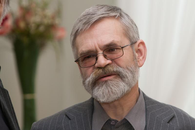 Kauno menininkų namuose – susitikimas su poetu Vladu Braziūnu