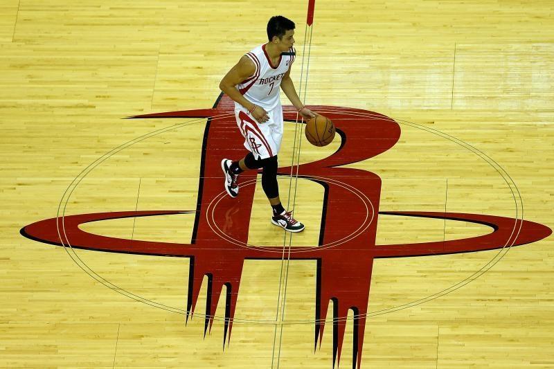 Trijų lietuvių akistatoje NBA arenoje taškus pelnė tik J. Valančiūnas
