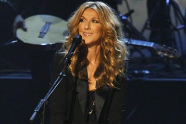 Dvynukų besilaukianti Celine Dion paguldyta į ligoninę