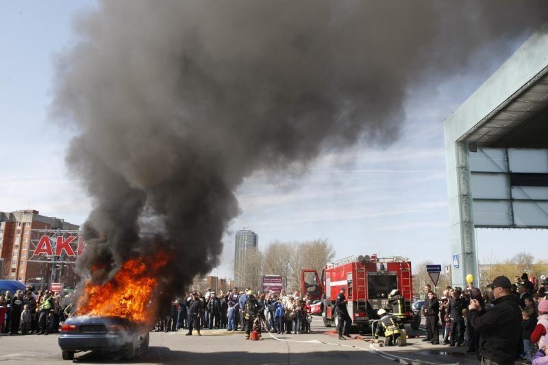 Klaipėdos merą gelbėjo ir ugniagesiai, ir medikai