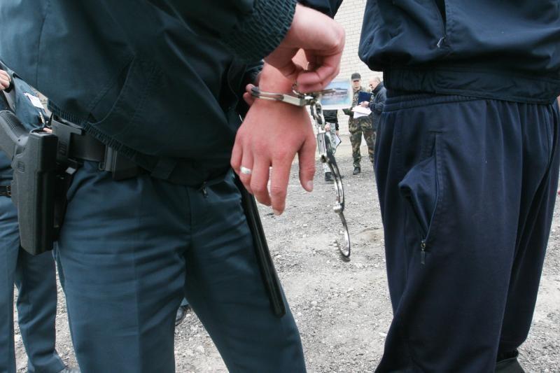 Kretingiškis į policininkus šaudė iš melioracijos griovio