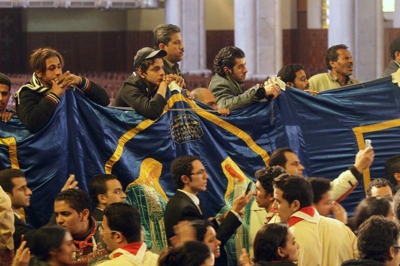 Egipte rengiamasi koptų popiežiaus Shenudos III laidotuvėms