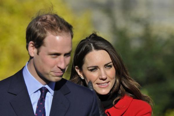 Princo Williamo uošviai internetu pardavinėja kostiumus suaugusiesiems