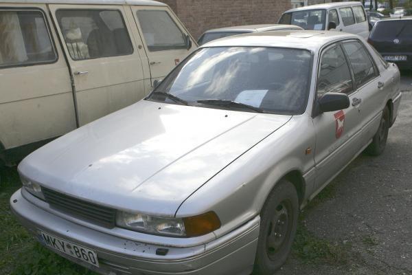 Ragina pasirūpinti nebenaudojamais automobiliais