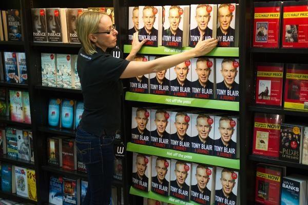 T.Blairas princesę Dianą apkaltino manipuliavus žmonėmis