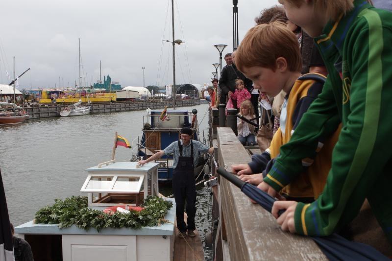 Jūrų muziejus dorei suteikė vardą ir palydėjo į plaukiojimą