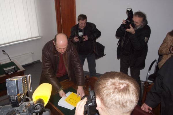 Kyšį paėmęs buvęs SAM viceministras paleistas teismo salėje (papildyta)