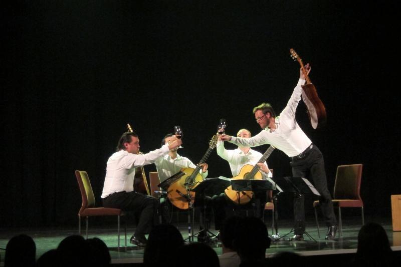 Baltijos gitarų kvartetas vėl pakviestas koncertuoti Kinijoje
