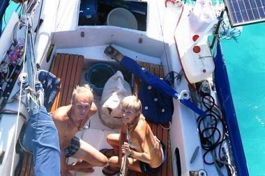 """""""Ragainė II"""" įplaukė į Manihi atolą"""