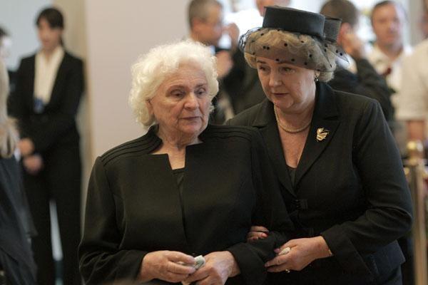 A.Brazausko laidotuvės - gedulas išsisklaido už kampo