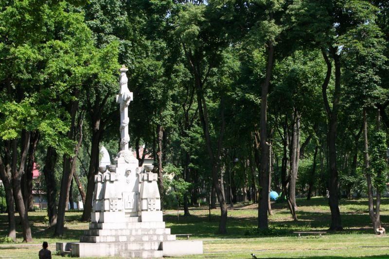 Senųjų miesto kapinių priežiūra rūpinsis savivaldybė