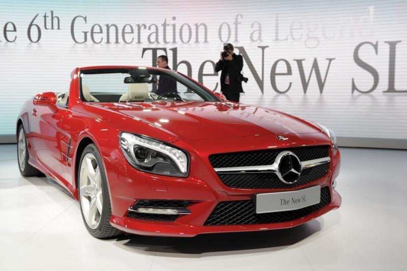 """Detroito automobilių paroda: """"Mercedes-Benz SL"""""""