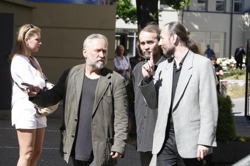 Rašytojas R.Černiauskas išlydėtas amžinybėn