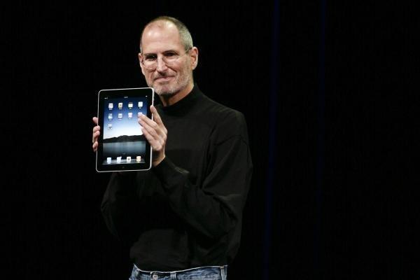 """Naujasis S. Jobso """"žaisliukas"""" – planšetinis kompiuteris"""