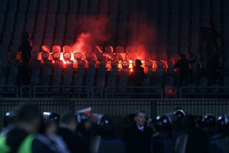 Egipte per futbolo aistruolių riaušes žuvo mažiausiai 74 žmonės