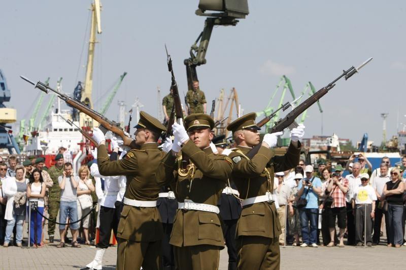 Lietuvos kariuomenėje pėstininkus pakeis husarai, ulonai ir dragūnai