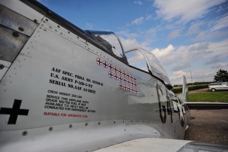 Aleksote nusileido II-ojo pasaulinio karo naikintuvai