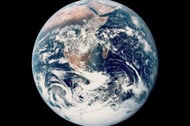 Žemės centre – nesvarumas?
