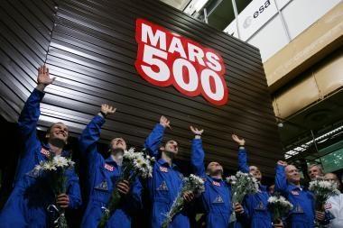 """Pilotuojamą misiją Marse imitavę savanoriai """"grįžo į Žemę"""""""