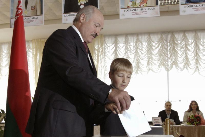 Lietuvos politikai: rinkimai tik pratęsė A. Lukašenkos dominavimą