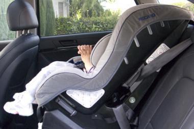 10 metų laisvės atėmimas – už vaikų vežimą ne jiems skirtose kėdutėse