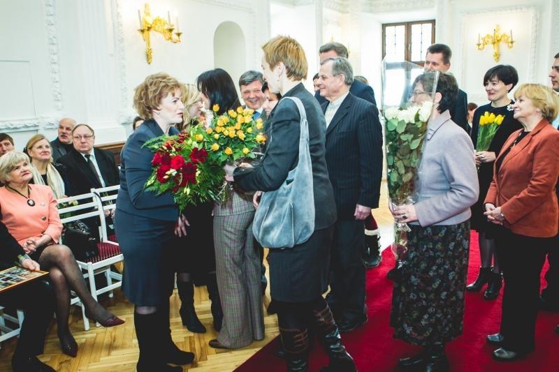 Kaunui nusipelniusiems žmonėms – Santakos garbės ženklai