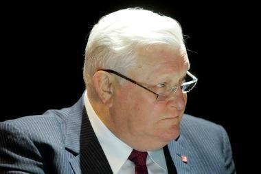 A.M.Brazausko įamžinimo komisijai pateikti šeši prezidentų panteono projektai