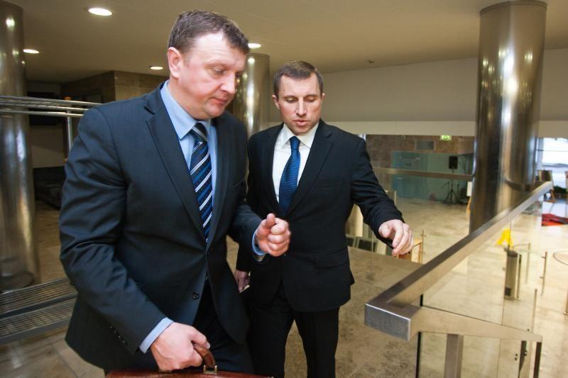 Buvę FNTT vadovai apskundė teismui jų atleidimą (papildyta)