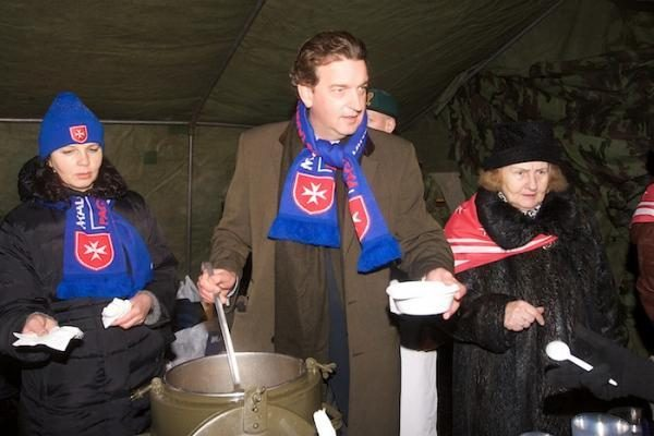 Kalėdinė sriuba prie žibančios Rotušės eglės
