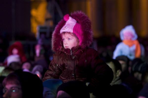 Kalėdos sostinėje: eglės įžiebimą išgelbėjo fejerverkai