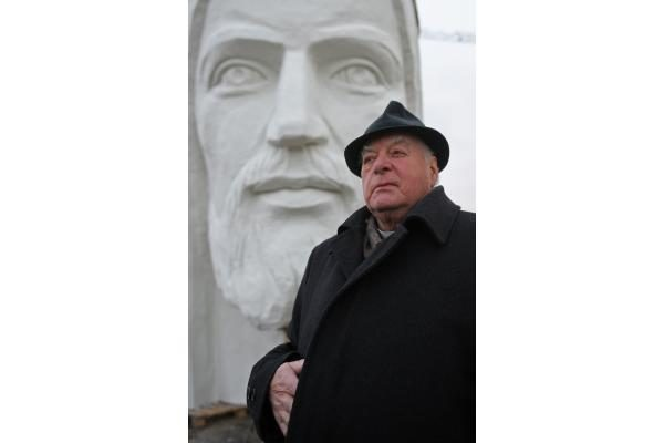 Lenkijoje kyla didžiausia Kristaus skulptūra