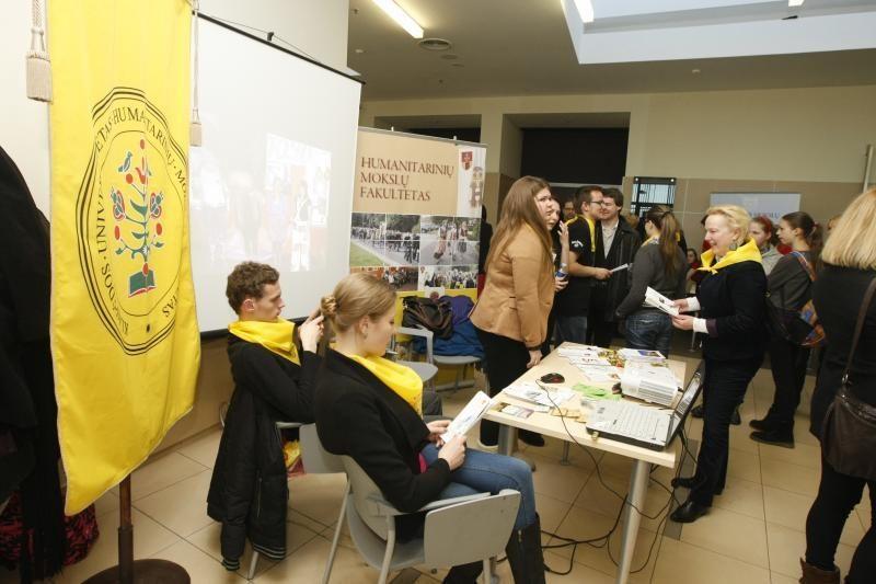 Klaipėdos universitete – būsimų studentų apgultis