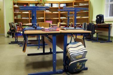Jiezno gimnazijos mokytojai po šventinės dienos nepasirodė mokykloje
