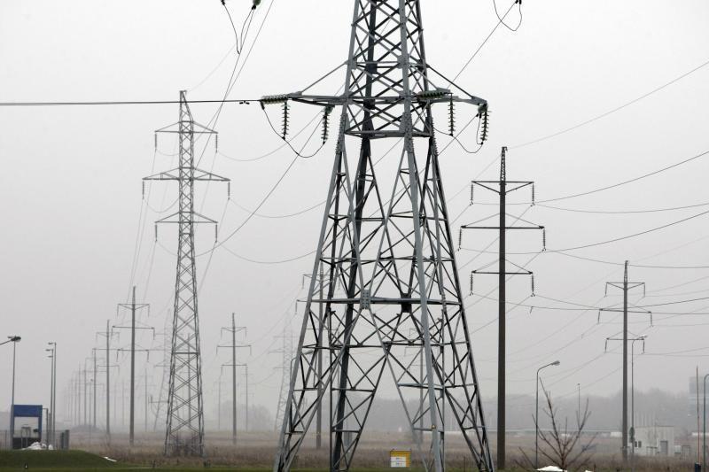 Lietuvoje elektros neturi apie 1 tūkst. vartotojų