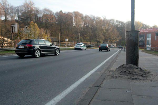 Mersedeso vairuotojas suniokojo greičio matuoklį ir pabėgo