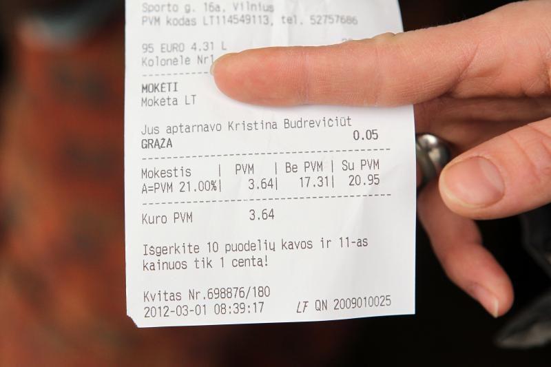 Degalinėse negalima mokėti kortelėmis, nusipirkti alkoholio
