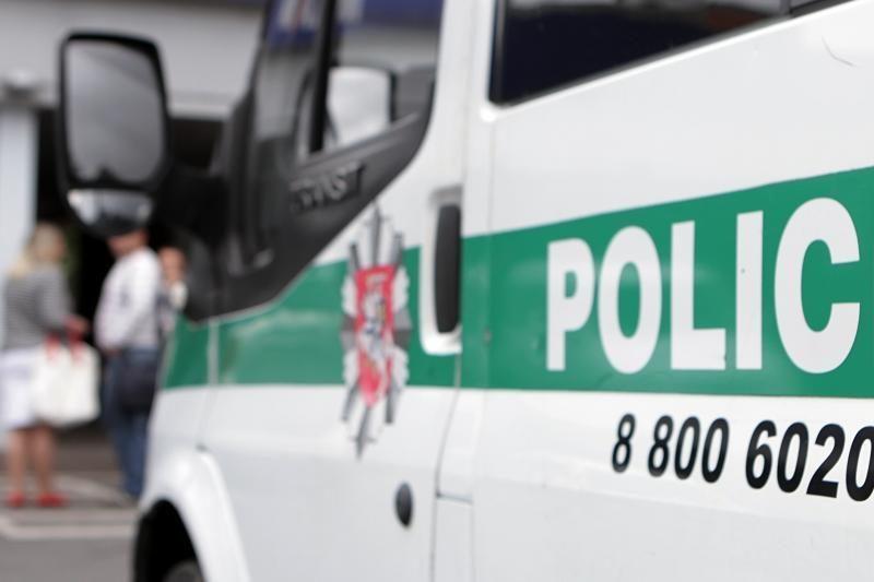 Klaipėdos ir Šilutės policininkai teikė pagalbą automobilių vagims