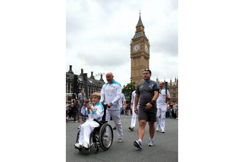 Londone įspūdingai atidarytos parolimpinės žaidynės