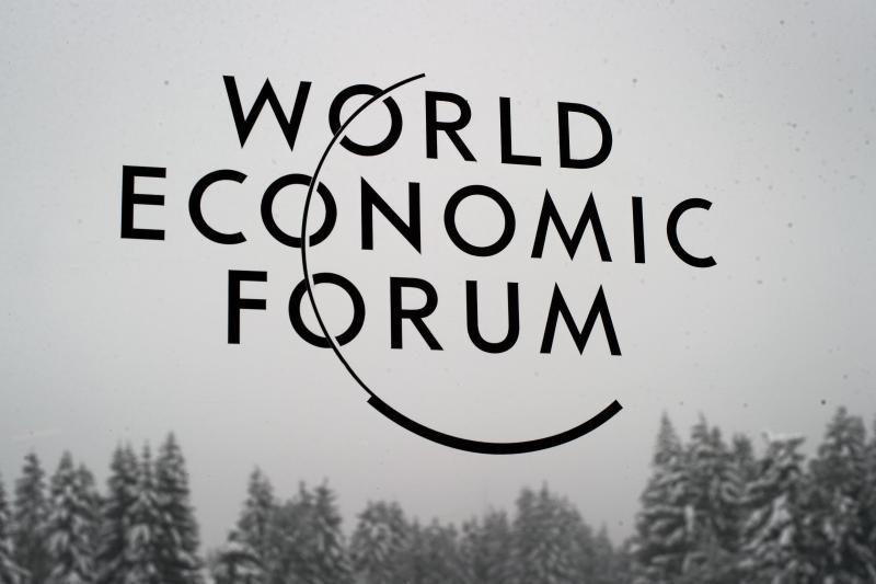A. Kubilius gavo oficialų kvietimą į Davoso forumą