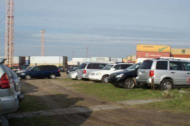 Klaipėdiečiai įtariami klastoję mašinų iš JAV dokumentus