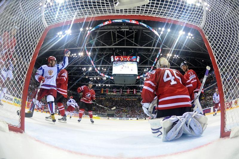 Antrąją pasaulio čempionato pusfinalio porą sudarys suomiai bei rusai